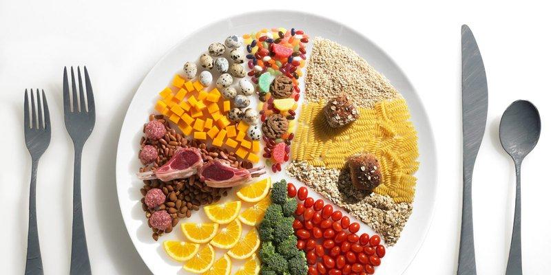 Chế độ ăn kiêng low-carb có thực sự giúp bạn giảm cân? | Vinmec