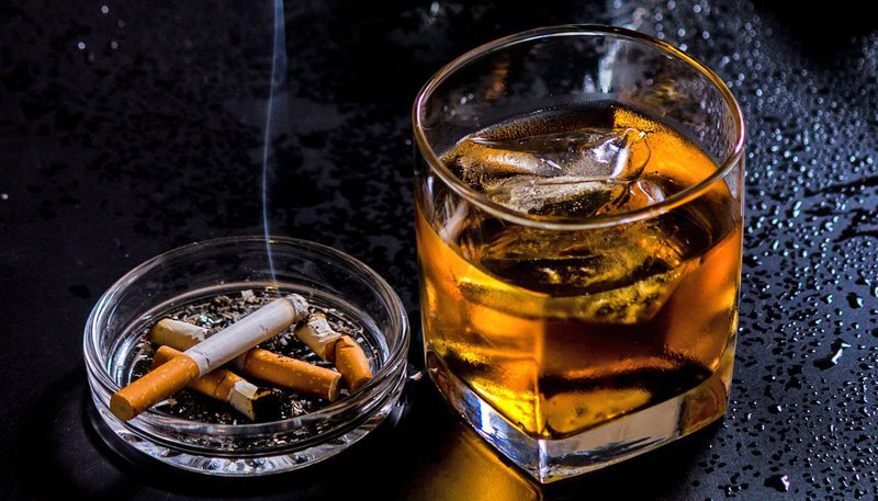 Rượu thuốc lá