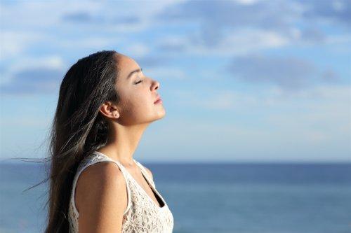 Hít thở sâu đúng cách tốt như thế nào? | Vinmec