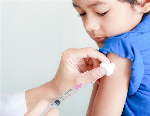 Lịch tiêm chủng cho bé 4 tuổi