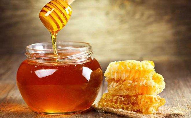 Công dụng và hướng dẫn dùng mật ong đúng cách | Vinmec