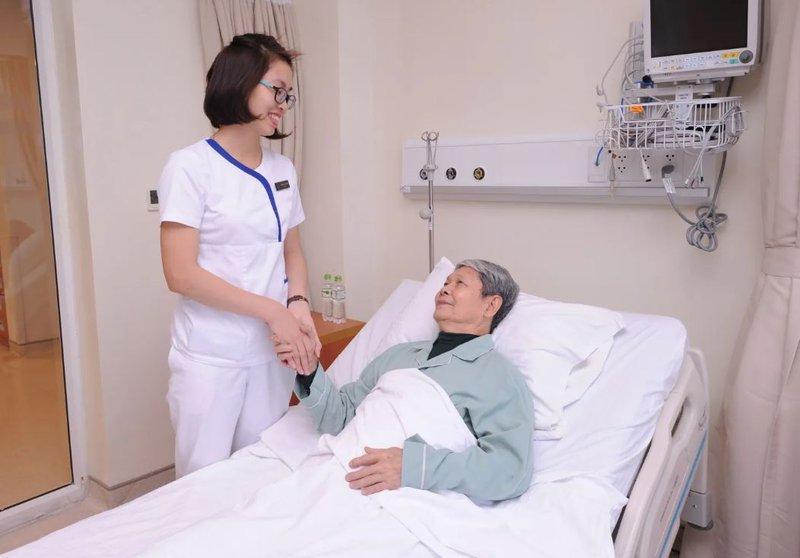 Bệnh nhân Nguyễn Thế Bản (75 tuổi, Hà Nội)