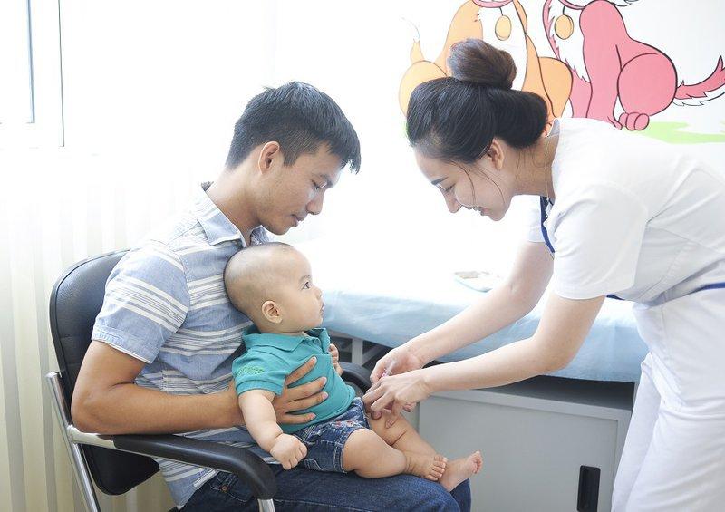 Tiêm phòng vacxin tại vinmec