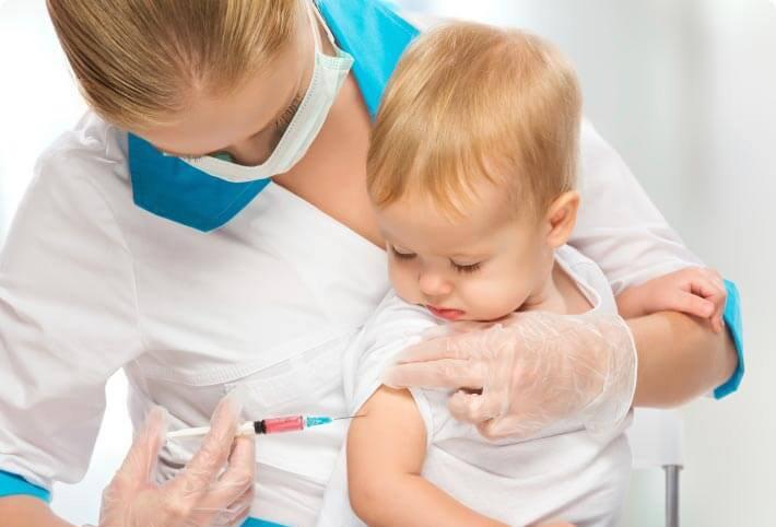 Vắc xin viêm màng não mô cầu được tiêm cho trẻ từ 6 tháng tuổi trở lên