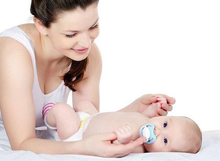Vùi dương vật ở trẻ sơ sinh