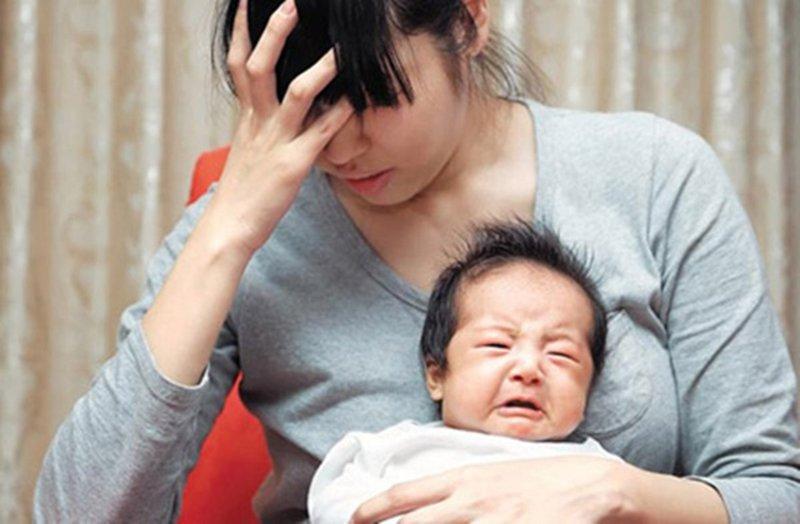 Các vấn đề thường gặp sau sinh con | Vinmec