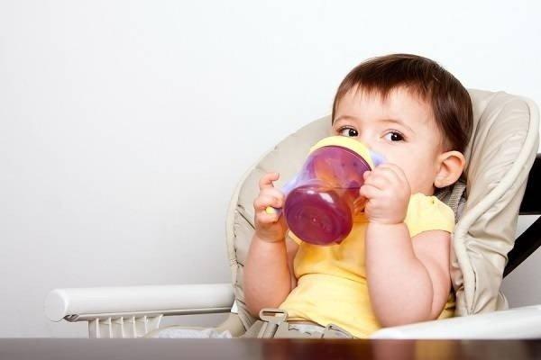 Tiêu chảy nên uống nước trái cây gì
