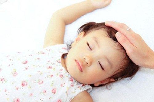 Viêm màng não có để lại di chứng không?