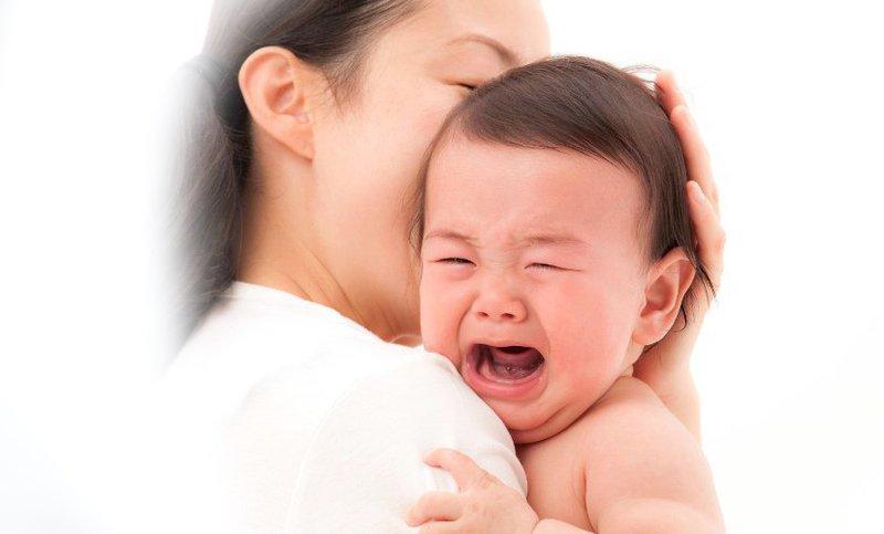 Trẻ quấy khóc