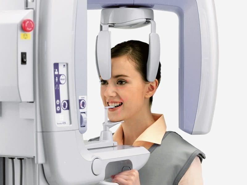 chụp X quang răng toàn cảnh