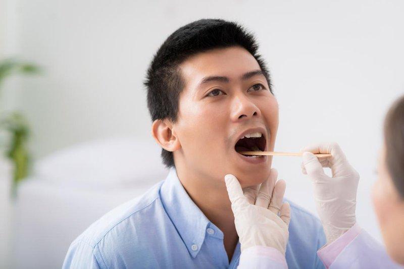 Phét dịch họng  xét nghiệm