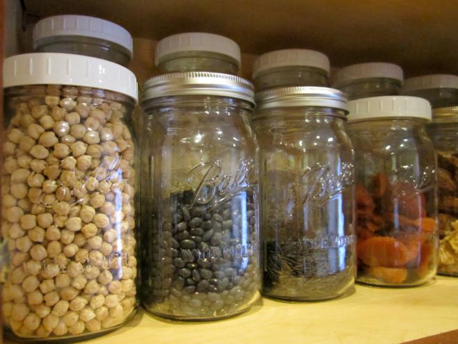 Bảo quản thực phẩm khô ở nơi khô ráo