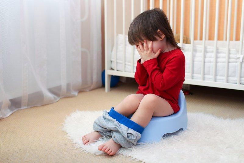 Trẻ bị tiêu chảy kéo dài, có hạch mạc treo phản ứng phải làm gì