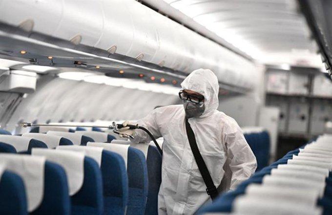 khoang máy bay có virus corona không