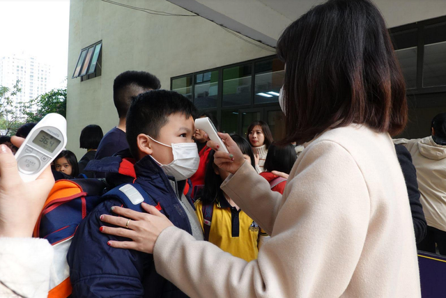 viêm phổi cấp do virus corona