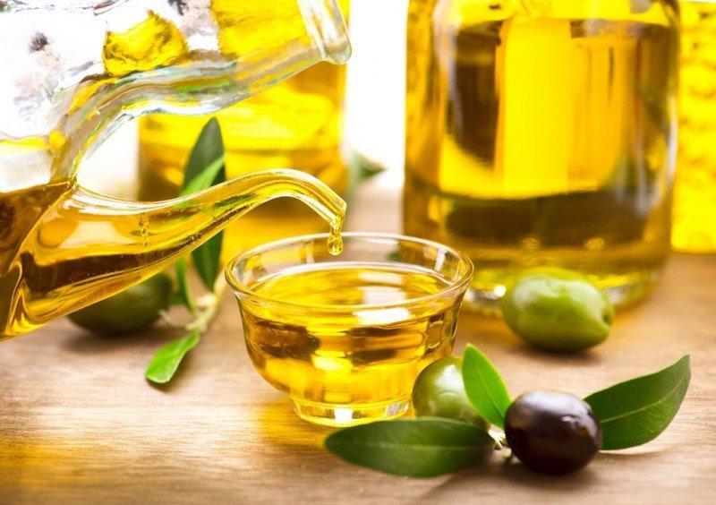 Uống dầu ô liu có lợi ích gì không? | Vinmec