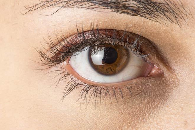 Màu mắt