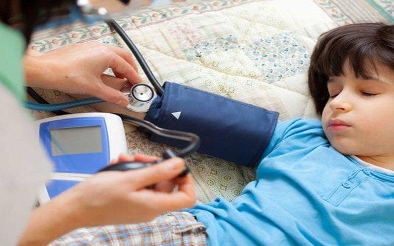 cách đo huyết áp cho trẻ