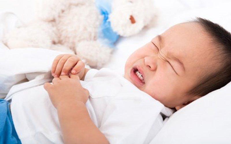 nôn trớ ở trẻ em