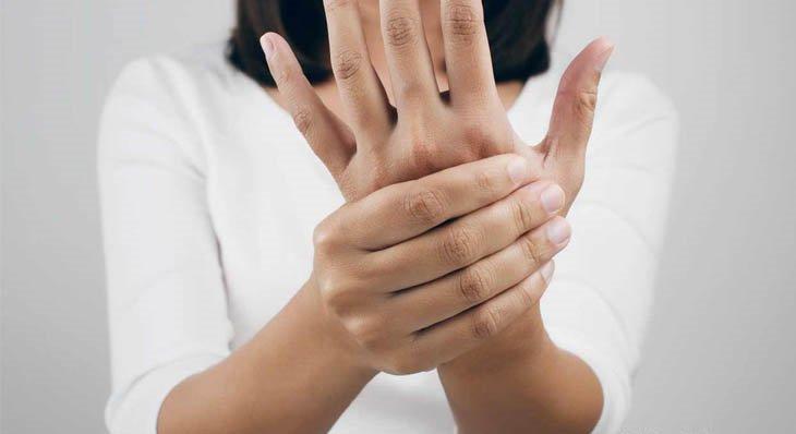 Triệu chứng viêm đa dây thần kinh