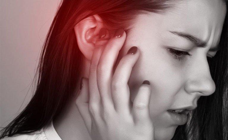Sưng đau dái tai là bị bệnh gì?