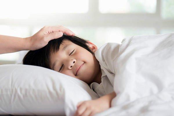 Trẻ em ngủ