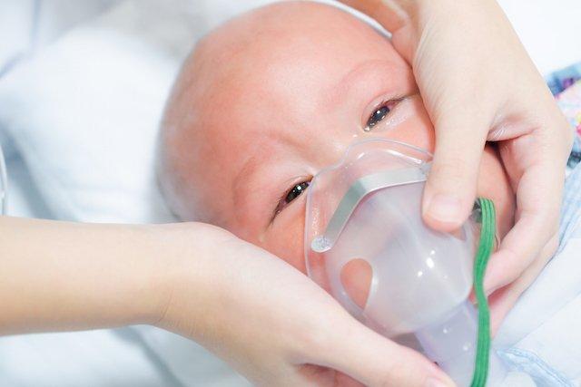 Trẻ viêm phổi