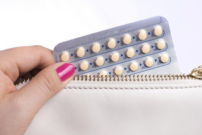Quan hệ vào ngày quên uống thuốc tránh thai có mang thai hay không?