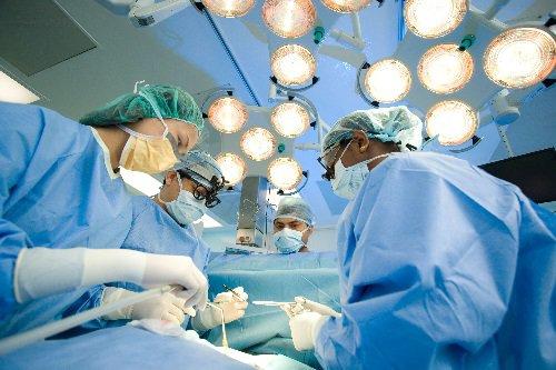 Mổ nội soi điều trị ruột đôi