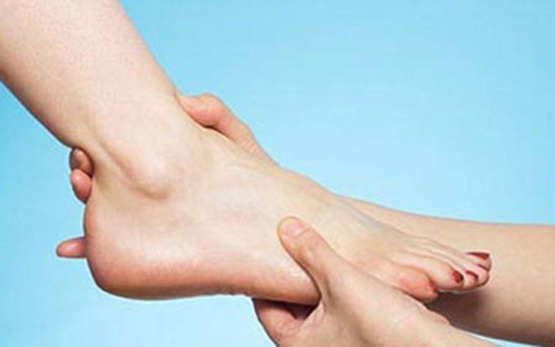 cổ chân