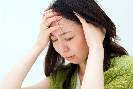 Nặng đầu và đau thái dương