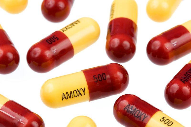 Kháng sinh amoxicillin
