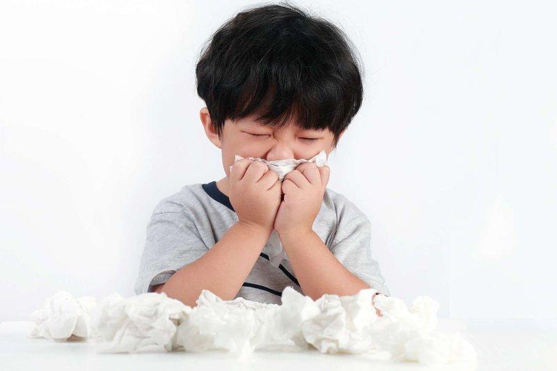 Trẻ ốm, trẻ sổ mũi, dị ứng, cảm cúm trẻ