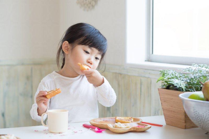 Chế độ ăn trẻ nhỏ, trẻ em ăn