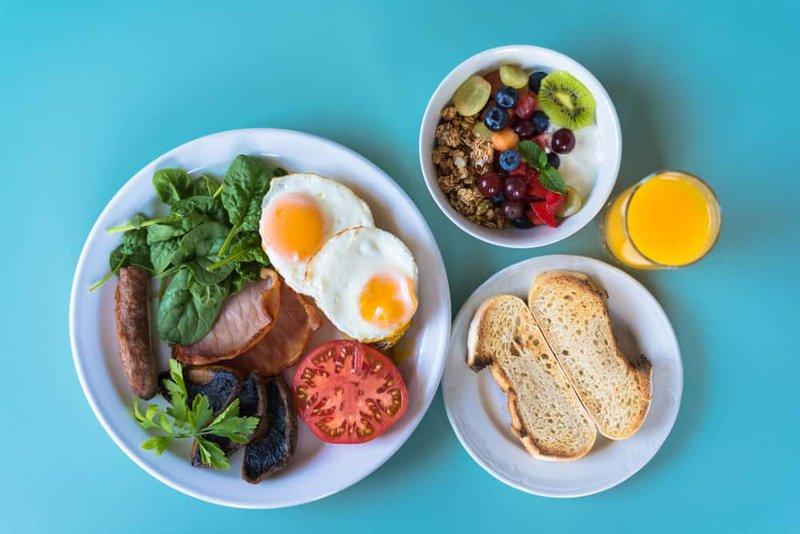 ăn sáng  bữa ăn