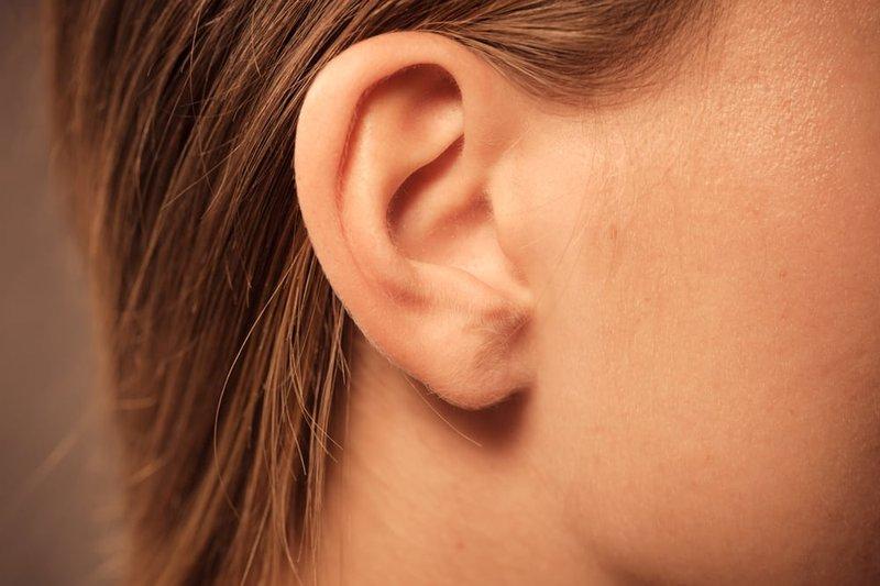 Ù tai kéo dài