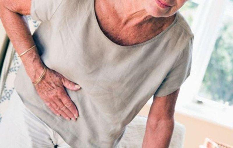 Điều trị tắc ruột cơ học cho người già
