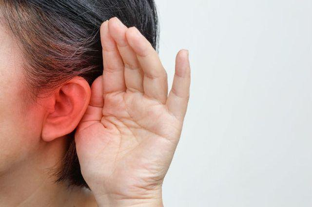 Ù tai đau tai nhức tai