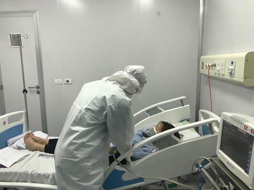 bệnh nhân COVID-19