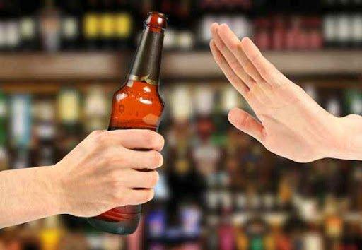 Mắc bệnh tiểu đường có uống được rượu không