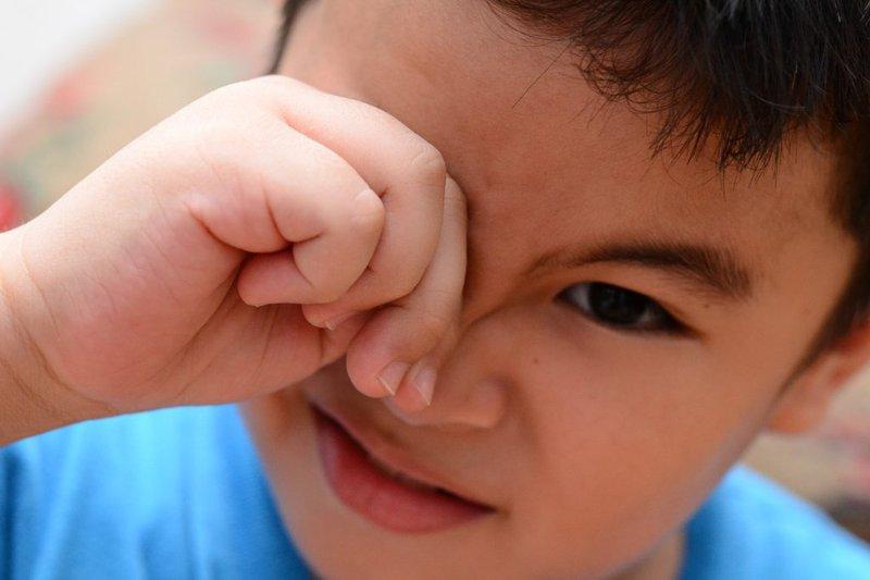 đau mắt trẻ nhỏ