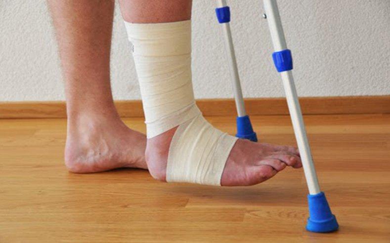 Gãy xương cẳng chân