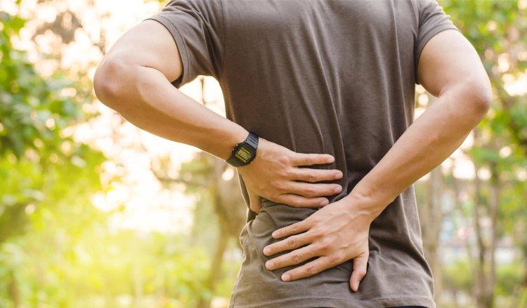 Tổn thương xương do lao gây đau đớn cho bệnh nhân