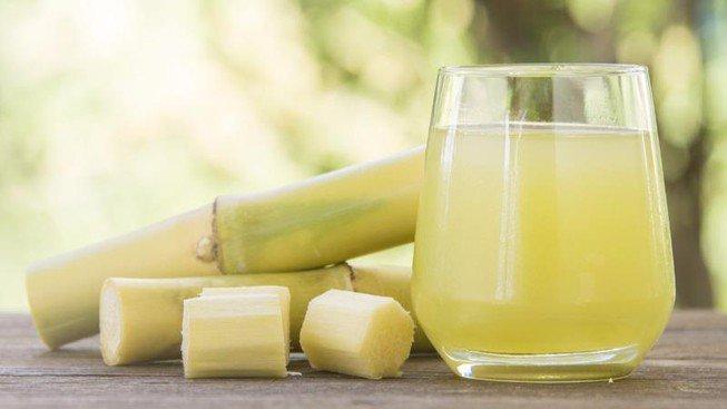 Người mắc bệnh tiểu đường có thể uống nước mía?