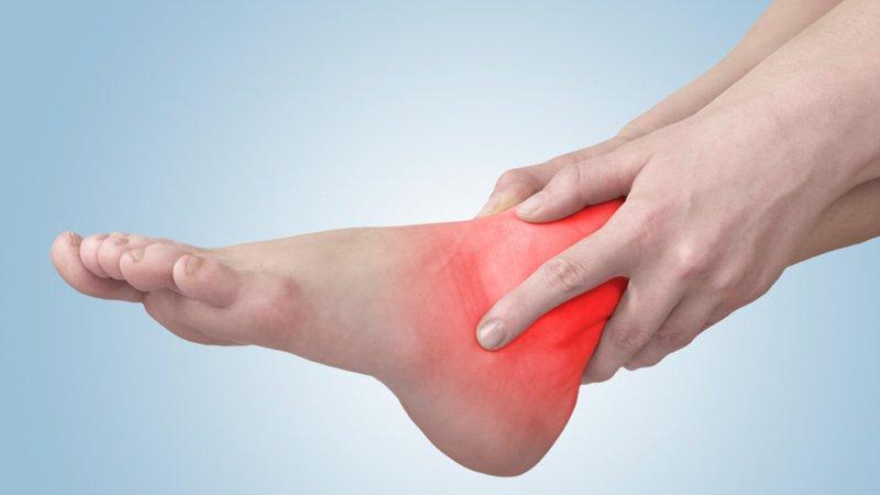 Nhức khớp cổ chân