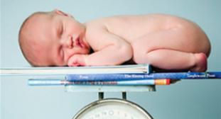 trẻ sơ sinh béo phì