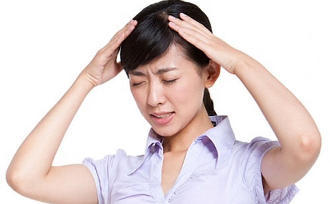 Đau đầu là một trong những tai biến kỹ thuật mà bệnh nhân có thể gặp phải