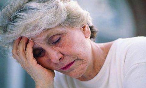 Mệt mỏi là một trong những dạng điển hình của rối loạn tiêu hóa ở người già