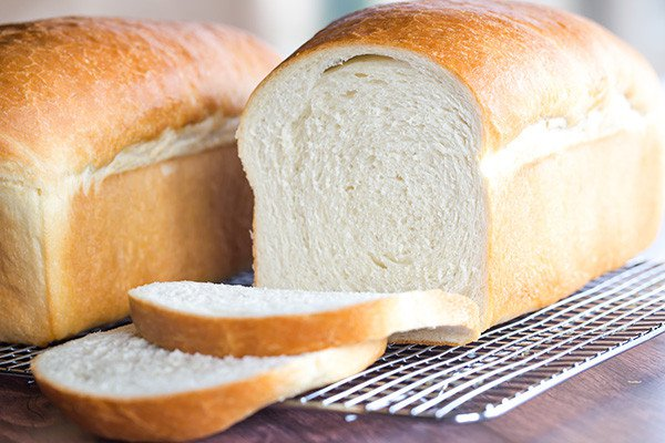 bánh mì trằng