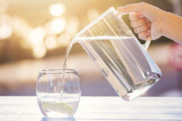 Không uống quá 50ml nước trước khi thực hiện chụp